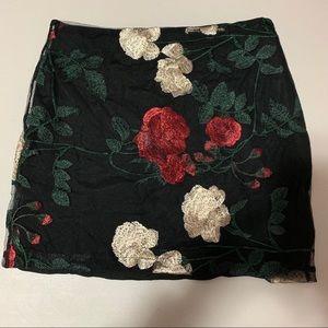 Dresses & Skirts - NWOT black skirt